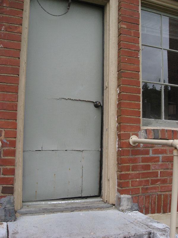 door_busted_open