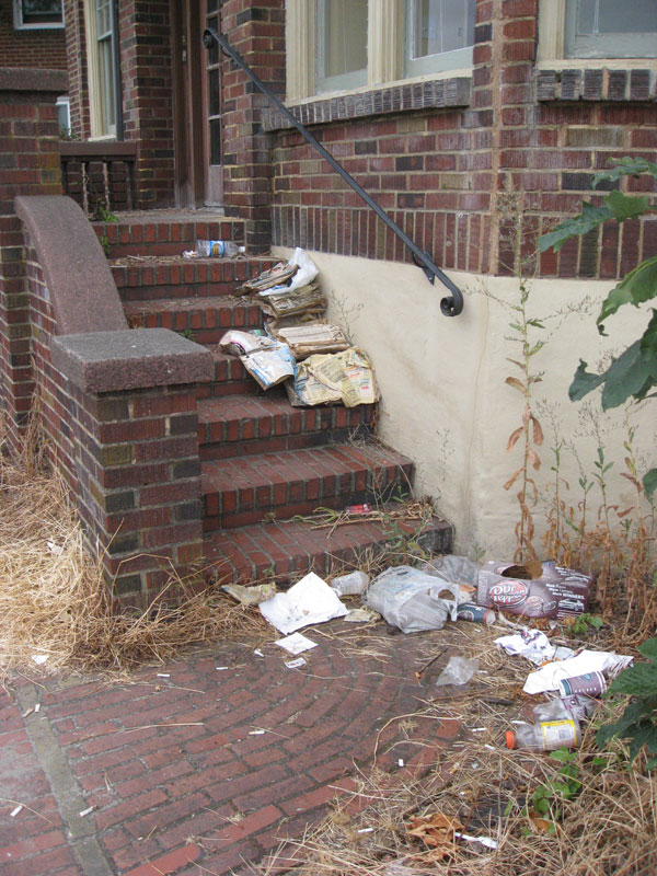 garbage_on_front_steps