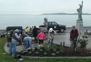 Volunteers planting at Statue of Liberty