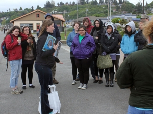 ACC & Seal Sitters combine efforts to clean up Alki
